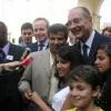 Jacques Chirac à la Préfecture de Tours pour la remise de certificats de nationalité française